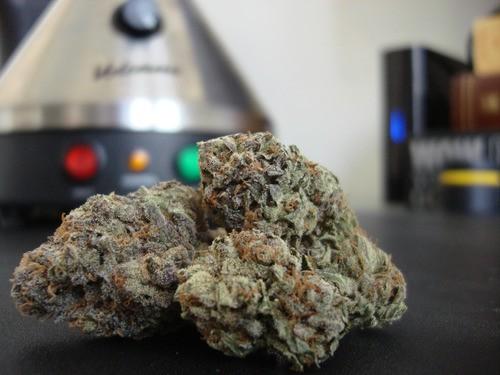 la-confidential-weed-2