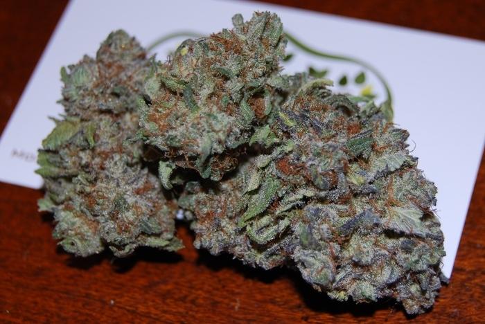 blackberry-kush-weed-2