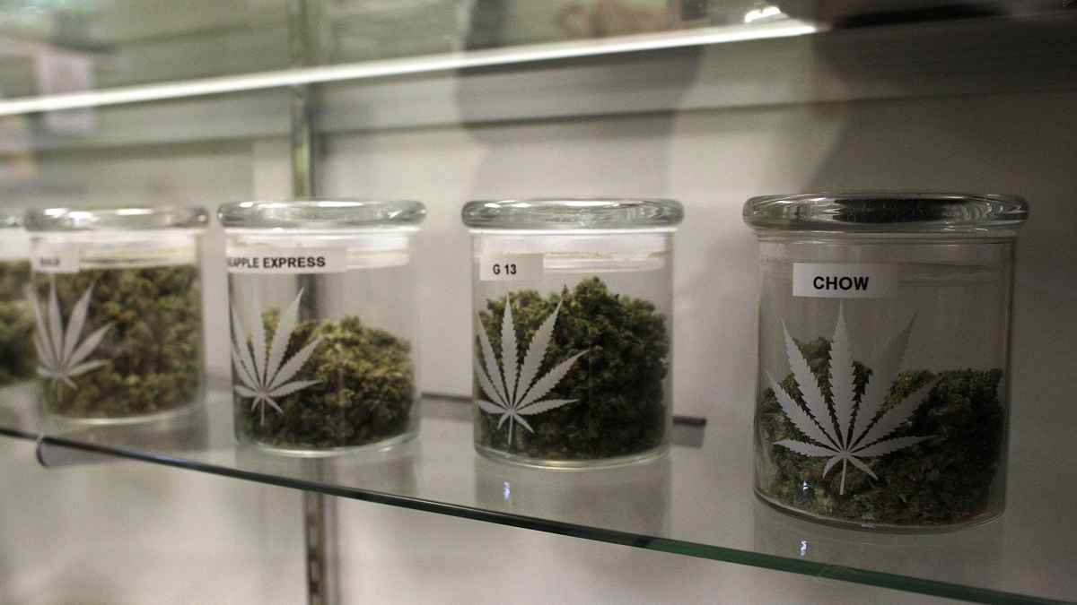 2nd-new-mj-dispensary-opens-up-in-nj