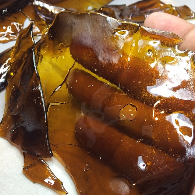 bubba-kush-concentrate-shatter