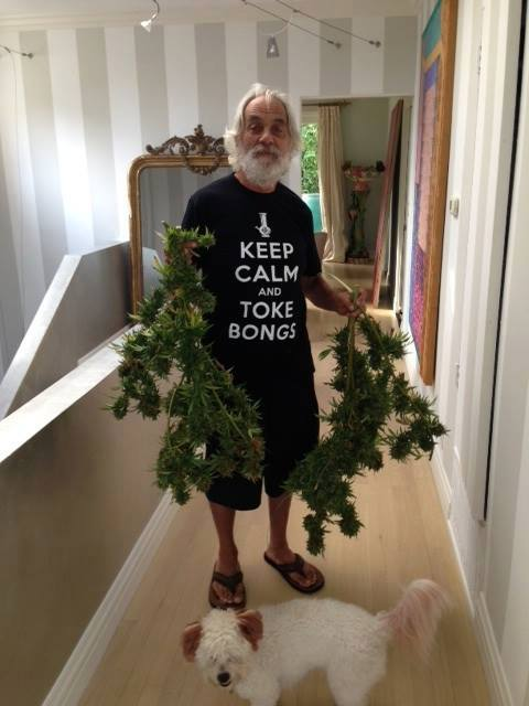 keep-calm-toke-bongs-chong