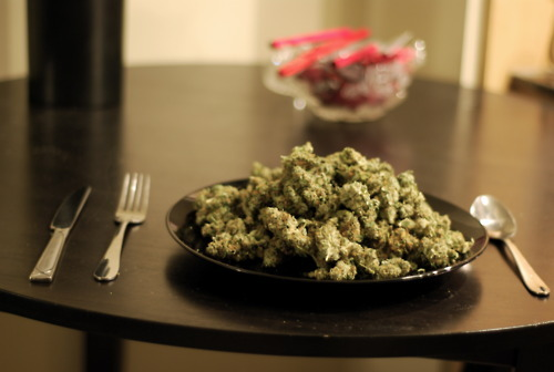 marijuana-bud-and-breakfast