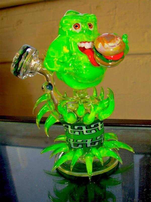 slimer-glass-bong