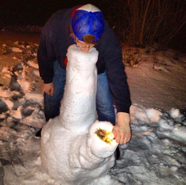 stoner-snow-fun