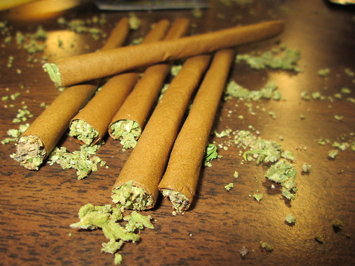 Pictures of Weed Blunts http://www.thcfinder.com/marijuana-blog/fun/2012/06/its-time-for-some-blunts
