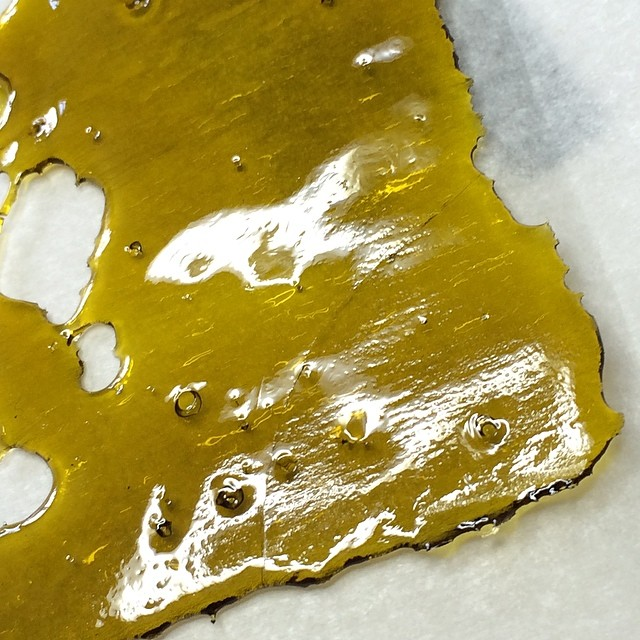 toxic-yoda-wax-cannabis-concentrate