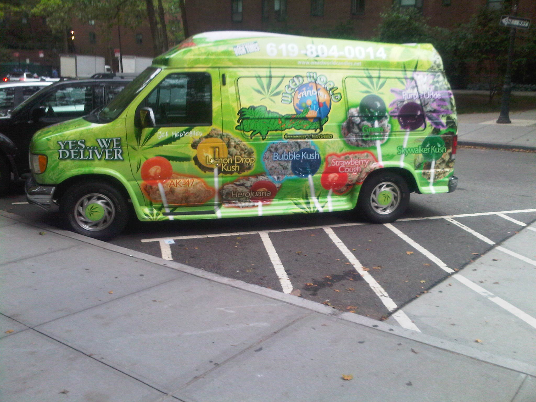 weedworld-van