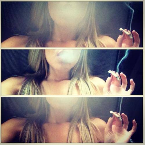 stoners-smoking-weed